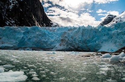 """Serie fotografica: Patagonia Adventures 2016-17 (Glaciar Luis de Saboya, Cordillera Darwin - Chile) // Fotos y edición: Felipe """"Pipo"""" (viajandonaviaje.com)"""