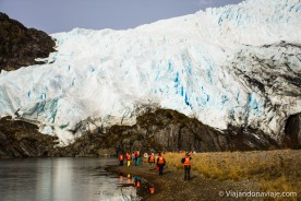"""Serie fotografica: Patagonia Adventures 2016-17 (Glaciar Águila, Cordillera Darwin - Chile) // Fotos y edición: Felipe """"Pipo"""" (viajandonaviaje.com)"""